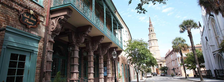 Vista de la calle del teatro Dock Street